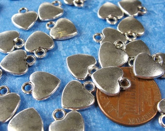 25 pcs - Antiqued Silver Heart Charm Pendant Drops, Silver Charms, 12x10mm, DR1005