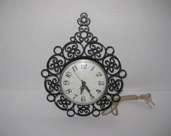 Vintage Retro Black Plastic General Electric Scroll Design Wall Clock