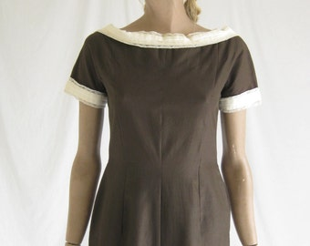 Vintage 50s Brown Cotton Wiggle Dress. Small