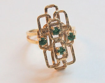 Vintage 14 K Gold Free Form Ring with 4 Green Stones