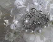 Art Deco Vintage Inspired White Floral Rheinstone Hair Comb Wedding Or Any Special Occasion Hair Accessory Handmade by handcraftusa