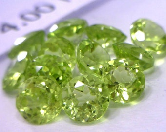 One Lettuce Green Peridot Gem 4 mm Round Well Faceted Averages .31 carat each