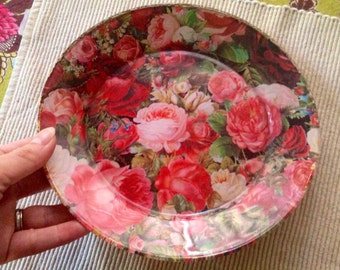 Roses Decorative Plate Vintage Dessert Dish Pink Red Rose Garden Painting Gold Back 80s Decor Romantic Valentines Day Feminine Trinket Dish