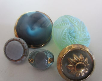 Vintage buttons, 5 assorted, coordinated and beautiful pressed glass and hand painted (mar 380)