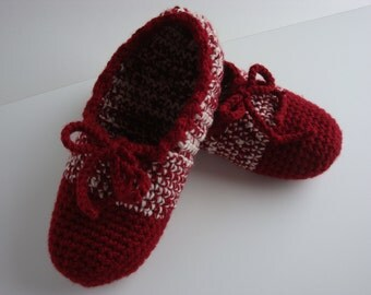 Slipper Shoes - House Shoes  - Moccasin - Cranberry Red and Off-White - Women - Size 8 to 8 1/2