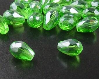 Glass Beads 20 Fern Green Teardrop Faceted Drop 11mm x 8mm (1020gla11-10)