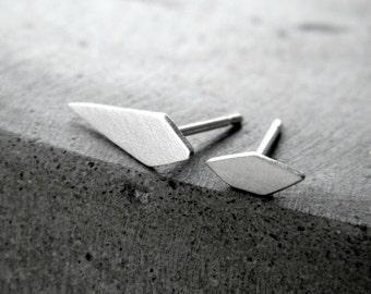 Asymmetrical Geometric Stud Earrings - silver studs, minimalist earrings, asymmetric earrings, geometric earrings, small stud, made in italy