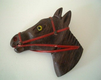 Vintage Wooden Horse Head Pin/Brooch.