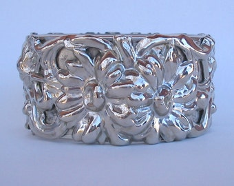 Flower hinged cuff bracelet  Silver floral cuff bracelet  Flower bracelet