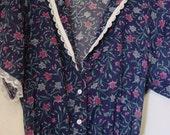 Gunne Sax Jessica Mcclintock/Gunne Sax Dress/Capelet Sleeve Dress/Floral Blue/Lace/1970/BoHo/Light Weight Floral Blue Fabric/Bohemian/Hippie