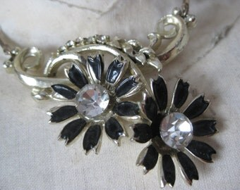 Flower Black Gold Rhinestone Necklace Clear Vintage Daisy