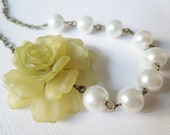 Necklace Celery Green Peony and Pearl