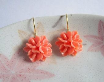 Posy Earrings, Coral Peach Bunch Flower Drop Earrings, Resin Bouquet, Rose Lily Earrings