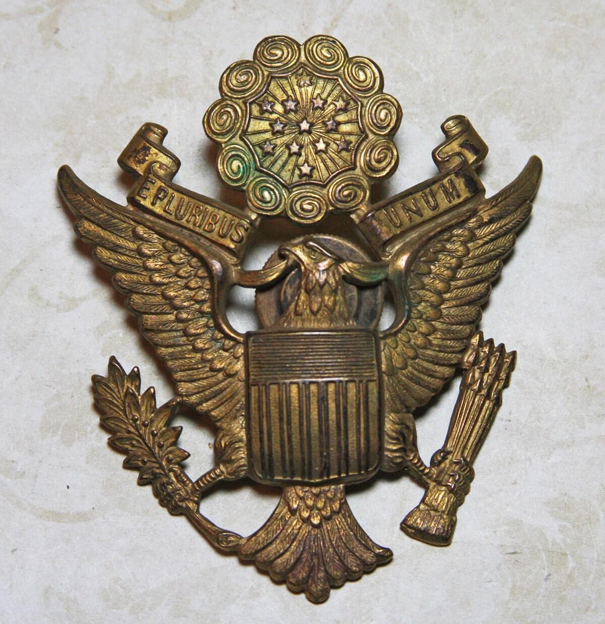 Cap Hat Badge EAGLE EMBLEM Military Memorabilia E
