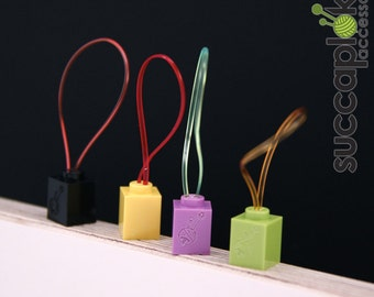 Silmuccamerkki- Knitting Stitch Markers, Knitting place markers made out of tiny Lego blocks