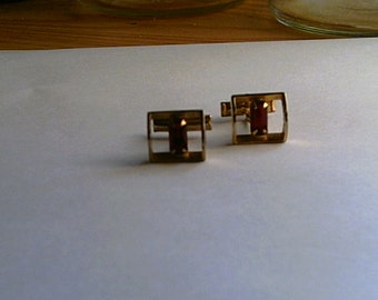 Very Vintage Goldtone and Red Stone Cuff Links