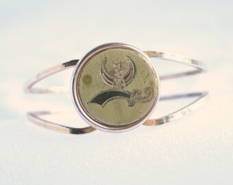 Gold Coin Clamper Bracelet Vintage Cuff Goldtone Engraved Scimitar Sword and Crescent Shriners