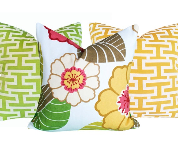 Summer Patio Pillows, Gift for CoWorker, Floral Pillow Covers, Inside Outside  Pillow, White Coral Pink Yellow, 18x18, SALE