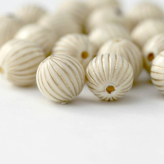 Acrylic Beads Ivory Gold Fluted Round Beads 10mm (20)
