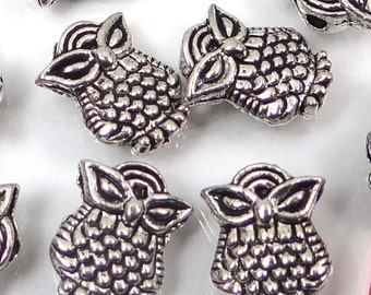 20 Silver Pewter Owl Owlet Beads 10x8mm - Lead-Free (p199)