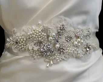 Ivory Pearl Wedding Sash, Crystal Beaded Bridal Sash,  Bridal Ivory Applique, Wedding Pearl Belt, 3D Ivory Lace Applique, Bridal Pearl Sash
