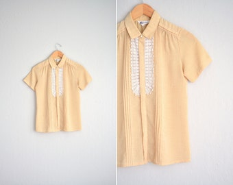 vintage '80s MUSTARD yellow CROCHETED BIB short sleeve button-up blouse. size xs s.