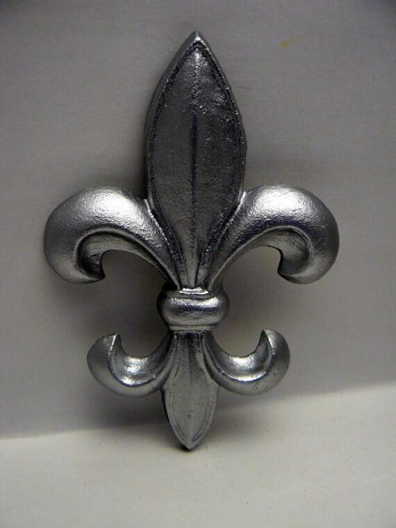 Fleur De Lis Fdl Cast Iron Painted Bright Silver Wall Decor