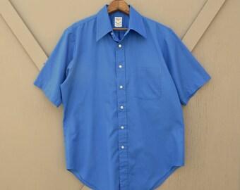 60s vintage Blue Short Sleeve Button Down Shirt / Mid Century Dress Shirt