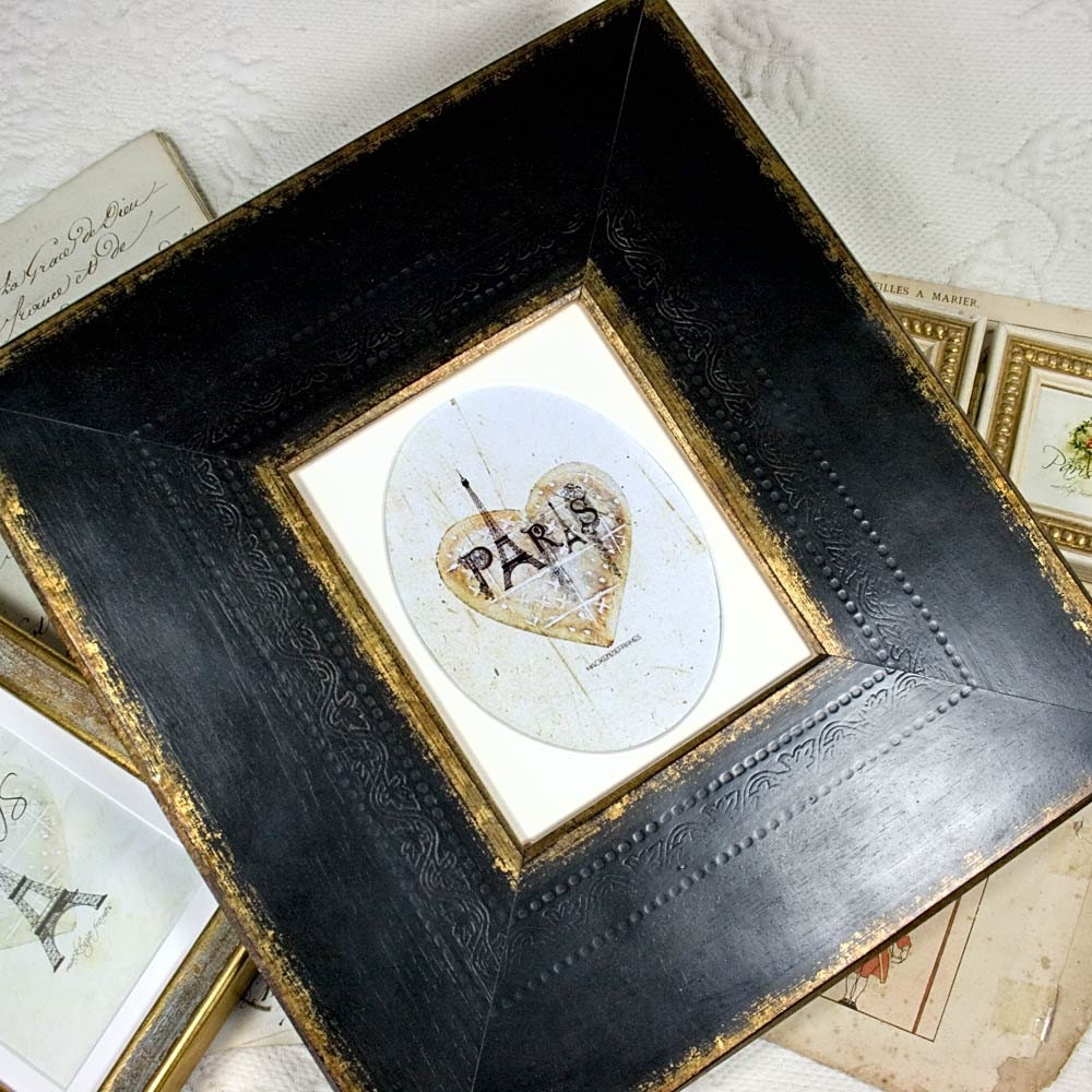 Wide Black And Gold Frame With Oval Mat For Photo And Painted