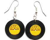 Record Earrings 50s mini vinyl record charm Sun Records by Dolly Cool in Vintage Plastic