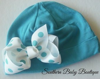 NEW----Boutique Pictures Knit Beanie Cap with Hairbow Clip Set----Turquoise and White Dot----Fits 6 Months-2 Years