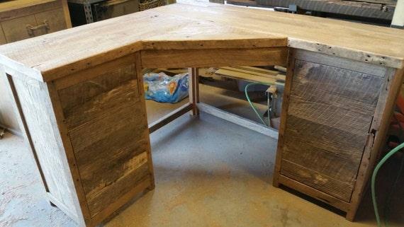 your custom made rustic barn wood corner desk by timelessjourney. Black Bedroom Furniture Sets. Home Design Ideas