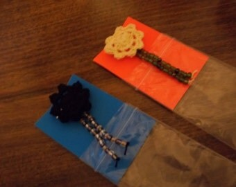 G-1402 Flower & Beed Pins