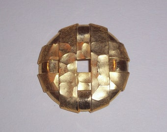 Vintage Gold Tone Brooch or Pin