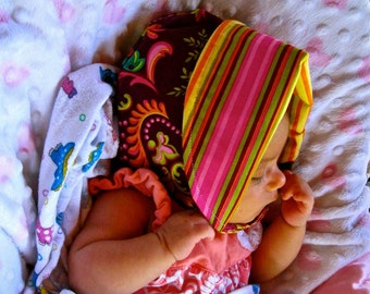 POSH POSIES, another original seamless brim, reversible bonnet, from Bella Sol Bebe