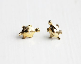 Turtle Studs Gold, Small Turtle Studs, Tiny Turtle Studs, Animal Studs, Turtle Studs, Small Gold Studs, Gold Animal Studs, Reptile Studs