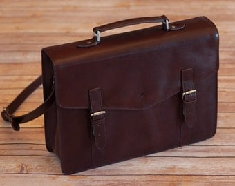 Hornbeam Large Briefcase made from Italian leather