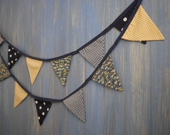 Children's  Bunting. Colours -  Navy Blue and Yellow.  Patterns -  Gingham, Spots and Cars. This strand is 3m long.