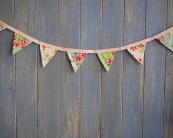 Tiny Bunting.  Shabby Chic Bunting // Cotton Bunting // Floral Bunting // Wedding Decor // Party Bunting // Handmade Bunting // Garland.