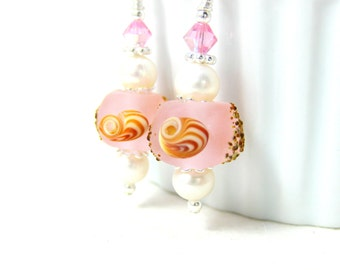 Seashell Earrings, Pink Beach Earrings, Beach jewelry, Nautical Earrings, Lampwork Earrings, Ocean Earrings, Pearl Earrings - Seashells