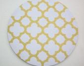 Mouse Pad mousepad / Mat - round - metallic gold trellis quatrefoil - cubicle decor office desk coworker gift