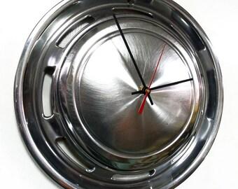 1971 - 1978 Ford Pinto Hub Cap Clock - Mercury Bobcat Hubcap - Modern Wall Clock - 1972 1973 1974 1975 1976 1977