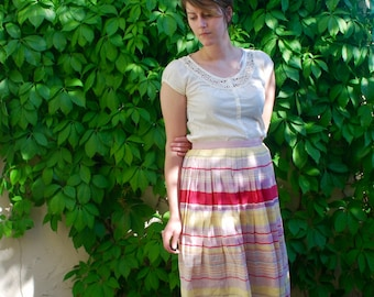 Vintage High Waist A-Line Skirt // Size Medium // Pleated // Lightweight //Pink, White and Yellow Horizontal Stripes // Side Zipper // Midi