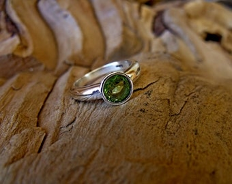 Sterling Silver Ring with Peridot Gem  RF786