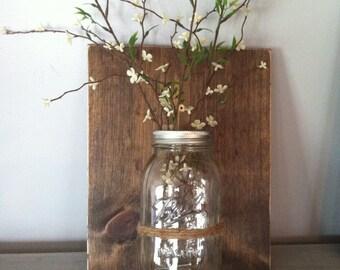 Mason jar wall decor, reclaimed wood, ball jar wall vase, wooden wall sconce, housewarming gift, Mother's day gift, farmhouse decor,