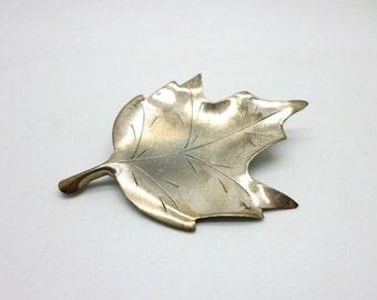 Stuart Nye Vintage Pin Brooch Sterling Silver Maple Leaf Design Handmade in North Carolina