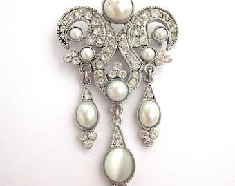 Vintage Pearl Rhinestone Brooch Art Nouveau Style