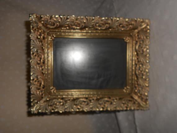 ornate gold tone picture frames 5 x 7 glass cream accents. Black Bedroom Furniture Sets. Home Design Ideas