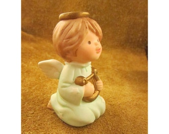 Angel with Harp – Avon Heavenly Blessings Nativity -  Vintage Nativity Replacement Piece – Christmas Children's Nativity