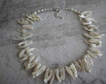 Vintage Mother of Pearl Shell Necklace